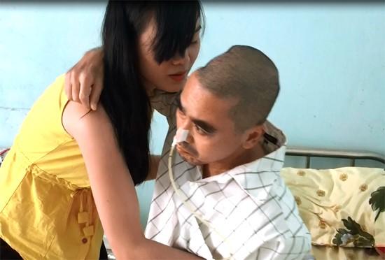 Bạo bệnh nằm yên 1 chỗ, diễn viên Nguyễn Hoàng chật vật khó khăn - ảnh 3