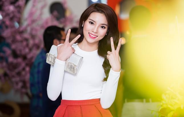 Sợ bão dư luận, Hoa hậu Kỳ Duyên nhanh chóng xóa ảnh lộ hàng giả - ảnh 5