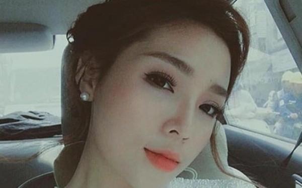Sợ bão dư luận, Hoa hậu Kỳ Duyên nhanh chóng xóa ảnh lộ hàng giả - ảnh 2
