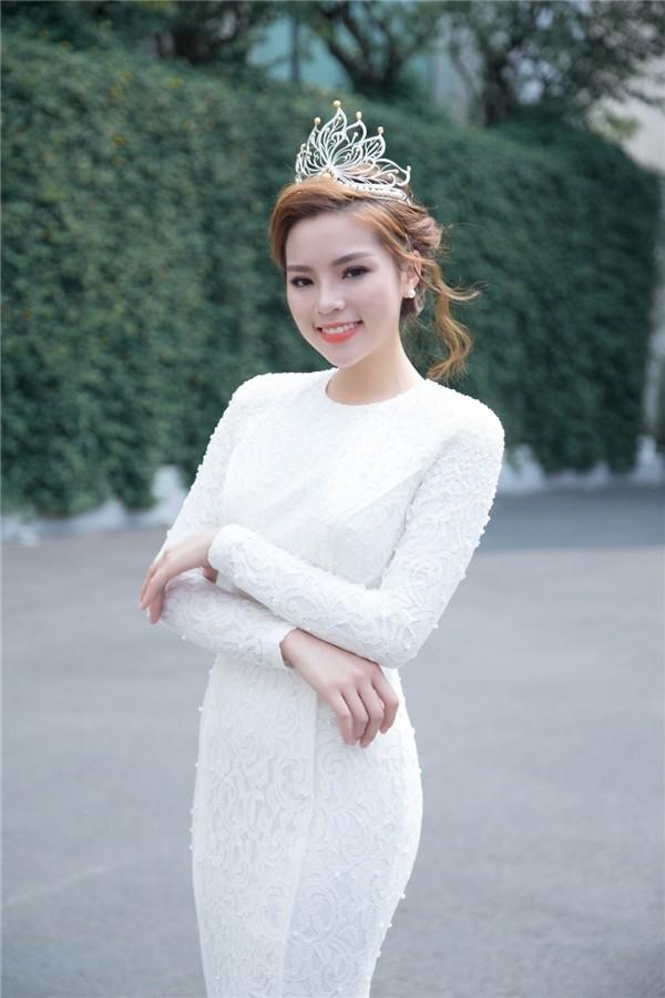 Sợ bão dư luận, Hoa hậu Kỳ Duyên nhanh chóng xóa ảnh lộ hàng giả - ảnh 3