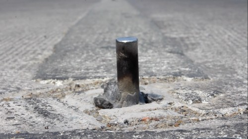 Hàng chục 'chông sắt' giăng bẫy trên đường Hoàng Sa - ảnh 3