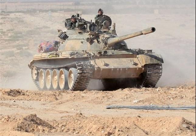 Lực lượng Tigers giành cao điểm chiến lược, bao vây trại lính IS - ảnh 1