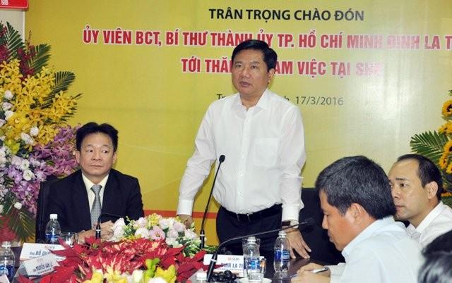 Bí thư Thành ủy TP.HCM Đinh La Thăng đặt hàng bầu Hiển - ảnh 1