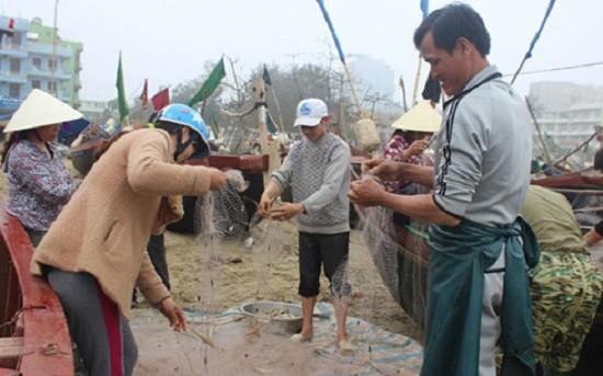 Ngư dân Sầm Sơn đã được để lại 3 bến neo đậu - ảnh 1