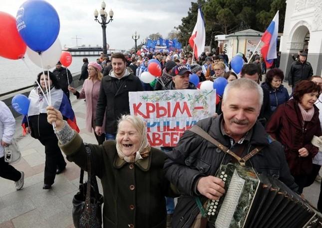 Tổng thống Putin đến Crimea - ảnh 2