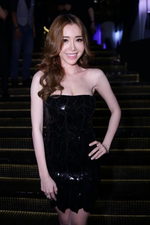 Ngắm '3 vòng khó cưỡng' của Elly Trần khiến báo Thái khen nức nở - ảnh 3