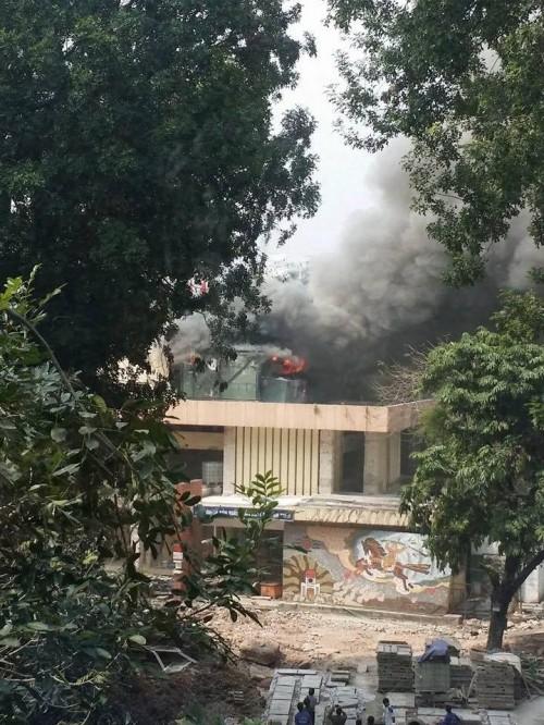 Cháy lớn ở Cung Thiếu nhi Hà Nội, huy động 4 xe cứu hỏa - ảnh 4