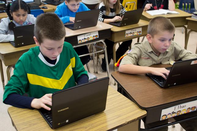 'Bác Google' làm gì trong lớp học? - ảnh 1