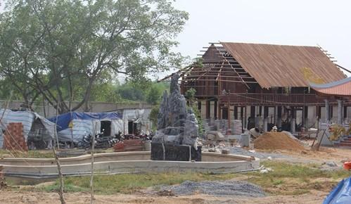 Quy mô đền thờ tổ của Hoài Linh 'bị trảm' từ 7.000m2 còn 700m2 - ảnh 1