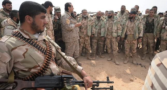 Quân đội Syria bao vây IS ở 3 hướng, sẵn sàng giải phóng Palmyra - ảnh 1