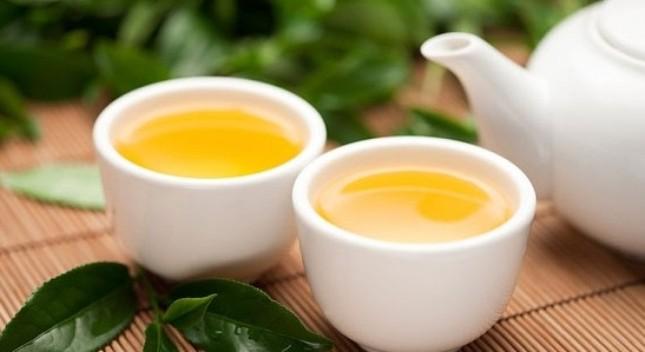 Những cách dùng 'sai bét' biến trà xanh thành thuốc độc - ảnh 2