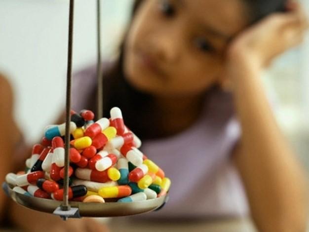 Sai lầm khi dùng thuốc kháng sinh tổn hại sức khỏe của bạn - ảnh 2