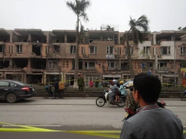 Vụ nổ ở Văn Phú: Người dân cũng có thể bị ảnh hưởng bởi vụ nổ - ảnh 1