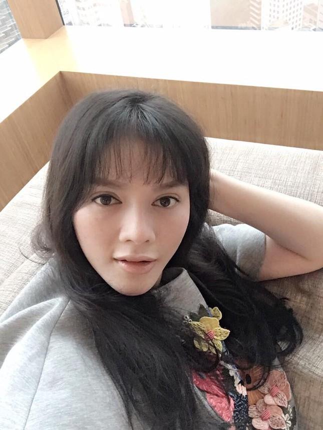 Lý Nhã Kỳ khoe style tóc mới với với gương mặt dài bất thường - ảnh 4