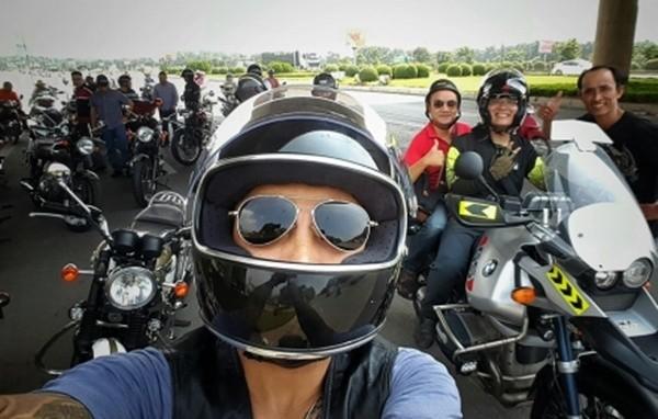 MC Tuấn Anh cùng bạn bè đưa tiễn Trần Lập bằng dàn motor - ảnh 1