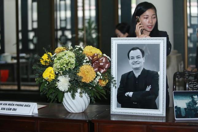 Nước mắt của người nhà nhạc sĩ Thanh Tùng không ngừng rơi - ảnh 3