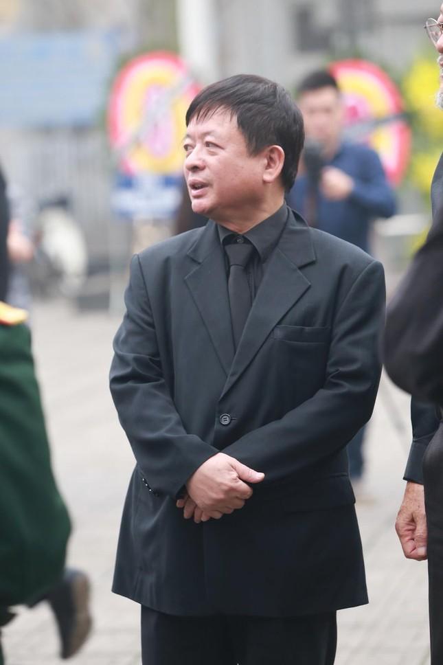 Thanh Lam, Quốc Trung nghẹn ngào đưa tiễn nhạc sĩ Thanh Tùng - ảnh 5