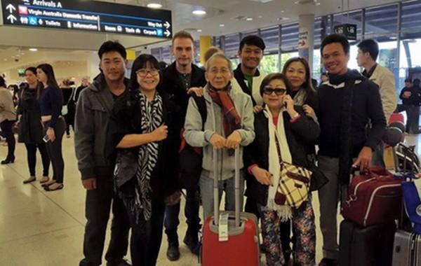 Nhiều nghệ sĩ đến thăm, cầu mong nhạc sĩ Nguyễn Ánh 9 bình phục - ảnh 1