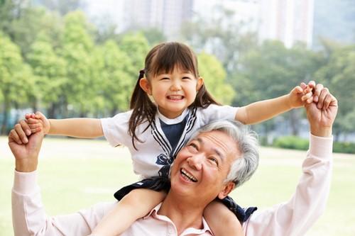 Những dưỡng chất hỗ trợ tăng sức đề kháng ở người lớn tuổi - ảnh 2