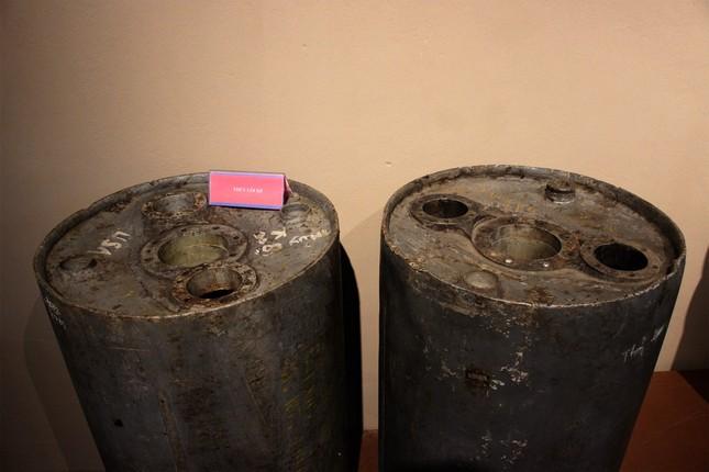 Vật nổ ở Hà Đông nghi là khoang chiến đấu của thủy lôi - ảnh 1