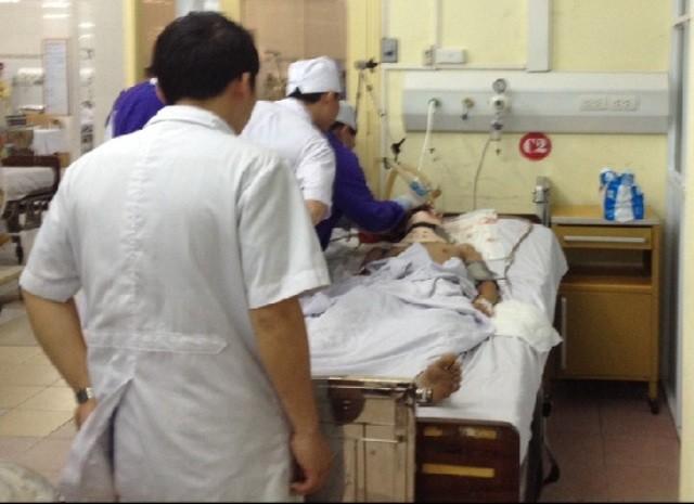 Vụ nổ ở Văn Phú: Nạn nhân điều trị tại viện 103 tiên lượng xấu - ảnh 1