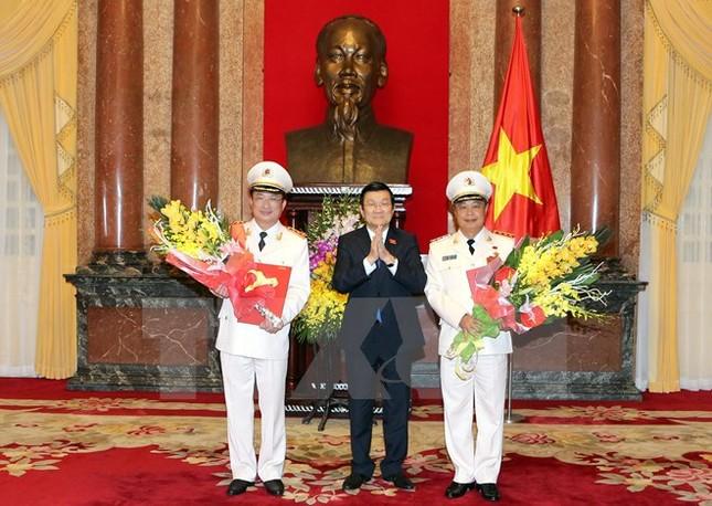 Hai Thứ trưởng Bộ Công an được phong quân hàm Thượng tướng - ảnh 1