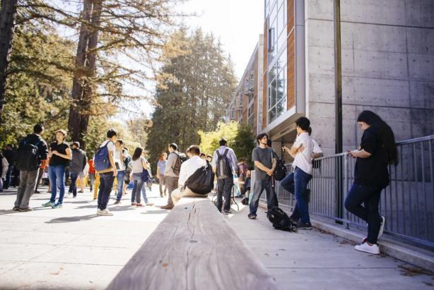 4.000 học sinh Mỹ trúng tuyển đại học do trường nhầm lẫn - ảnh 1