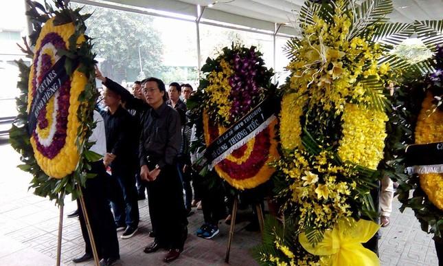 Toàn cảnh tang lễ Trần Lập - Ấm áp yêu thương hòa trong nước mắt - ảnh 22