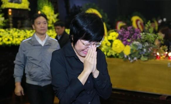 Nghệ sĩ Việt bật khóc.. nén đau thương trong tang lễ Trần Lập - ảnh 3