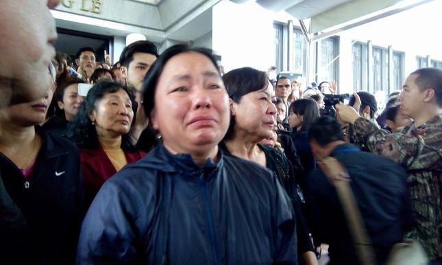 Toàn cảnh tang lễ Trần Lập - Ấm áp yêu thương hòa trong nước mắt - ảnh 11