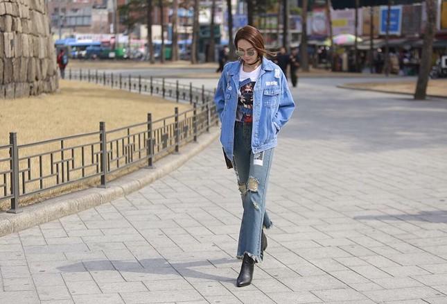 Minh Hằng đầy 'chất chơi' thu hút nhiều ống kính ở Hàn Quốc - ảnh 3