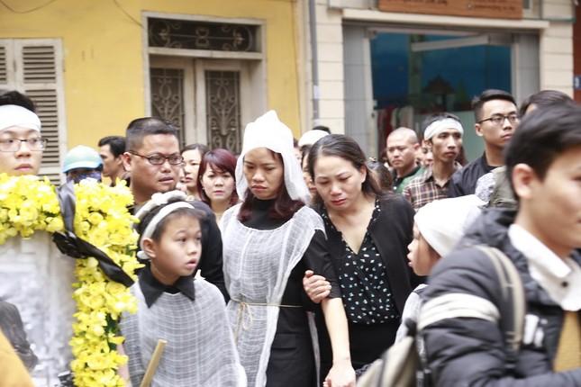 Toàn cảnh tang lễ Trần Lập - Ấm áp yêu thương hòa trong nước mắt - ảnh 5