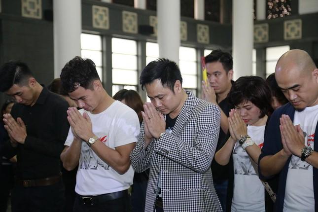 Những hình ảnh tiễn biệt nghẹn ngào ở tang lễ Trần Lập - ảnh 7