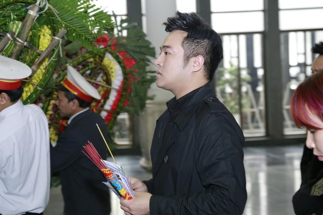 Những hình ảnh tiễn biệt nghẹn ngào ở tang lễ Trần Lập - ảnh 5