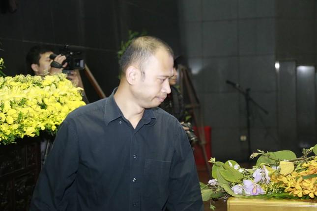 Những hình ảnh tiễn biệt nghẹn ngào ở tang lễ Trần Lập - ảnh 4