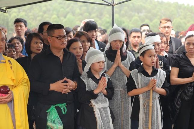 Toàn cảnh tang lễ Trần Lập - Ấm áp yêu thương hòa trong nước mắt - ảnh 1