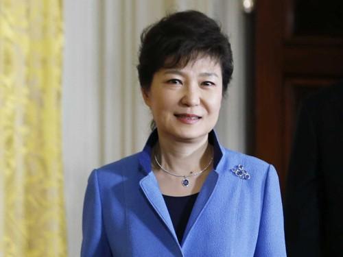 Tổng thống Hàn Quốc nói về tác phẩm đình đám Hậu duệ mặt trời - ảnh 2
