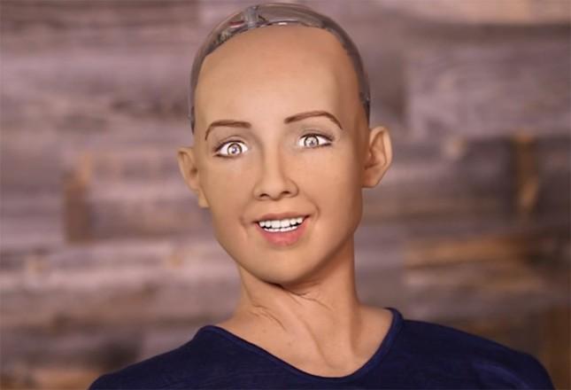 Robot thông minh Sophia: 'OK, tôi sẽ tiêu diệt loài người' - ảnh 1