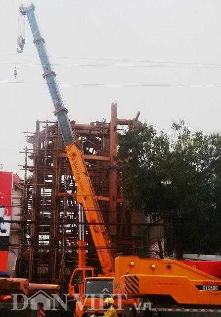"""Hà Tĩnh: CSGT chặn đường để """"đại gia"""" dựng nhà - ảnh 1"""