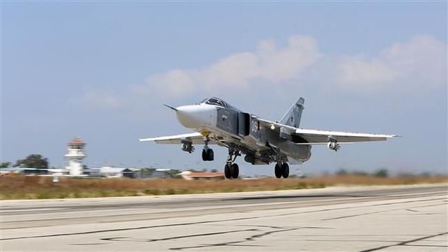 Nga không kích 146 lần, tiêu diệt 320 phiến quân IS ở Palmyra - ảnh 1