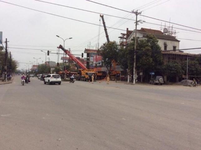 CSGT Hà Tĩnh lên tiếng vụ chặn đường để 'đại gia' dựng nhà - ảnh 2