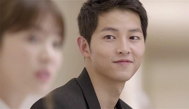 Song Joong Ki và 'bệ đỡ' trở thành hoàng tử màn ảnh châu Á - ảnh 15