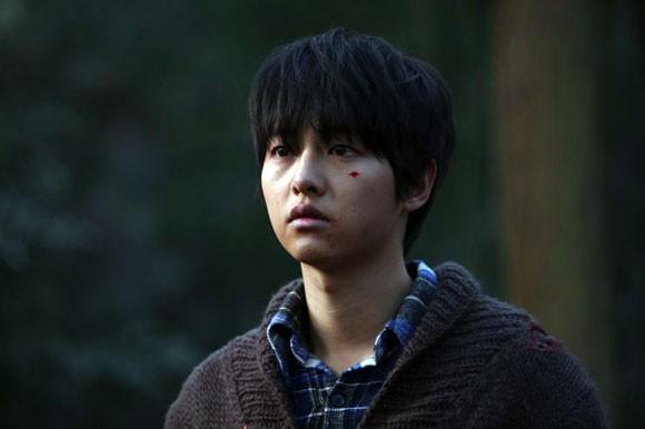 Song Joong Ki và 'bệ đỡ' trở thành hoàng tử màn ảnh châu Á - ảnh 9