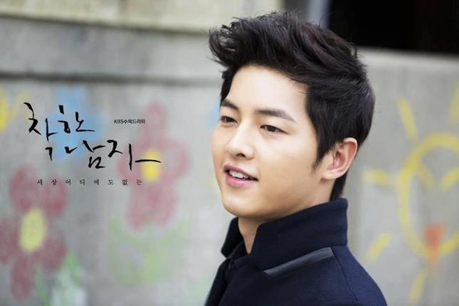 Song Joong Ki và 'bệ đỡ' trở thành hoàng tử màn ảnh châu Á - ảnh 8