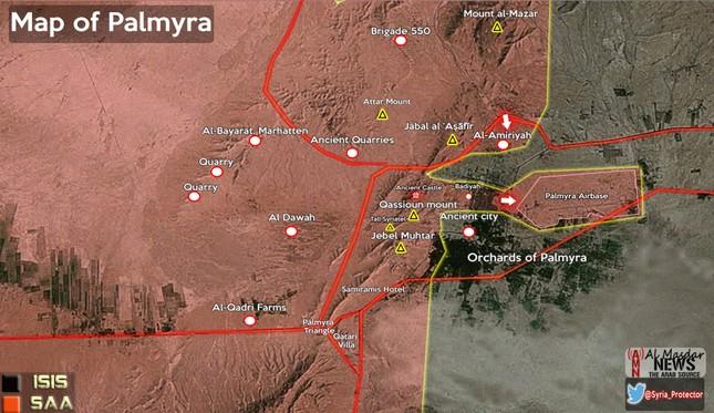 Quân đội Syria đánh chiếm sân bay Palmyra, khủng bố IS tan rã - ảnh 2