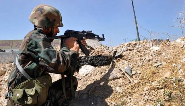 Tình hình Syria: Quân Assad phá vòng vây IS ở Deir Ezzor - ảnh 1