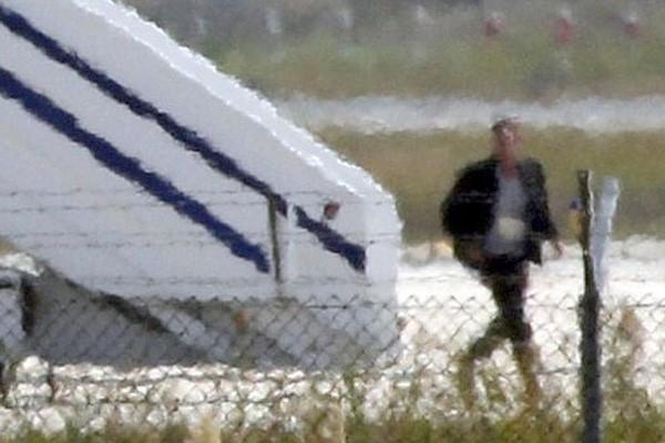 Bắt giữ không tặc cướp máy bay Ai Cập, toàn bộ hành khách an toàn - ảnh 1