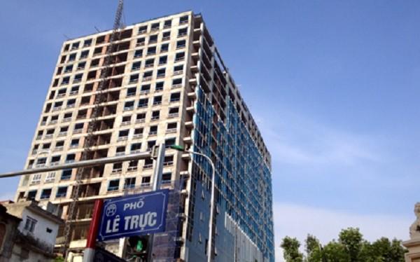 Vụ tòa nhà 8B Lê Trực: Thủ tướng yêu cầu xử lý dứt điểm - ảnh 1
