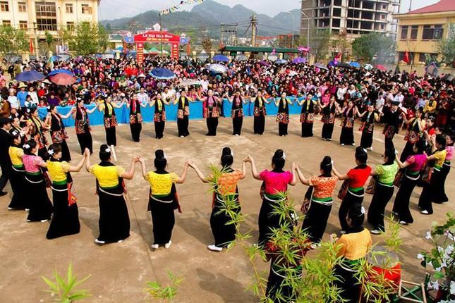 Rộn ràng tổ chức tuần du lịch - văn hóa Lai Châu 2016 - ảnh 1