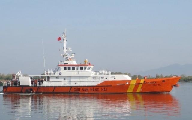 7 thuyền viên gặp nạn trên biển được cứu và đưa về đất liền - ảnh 1